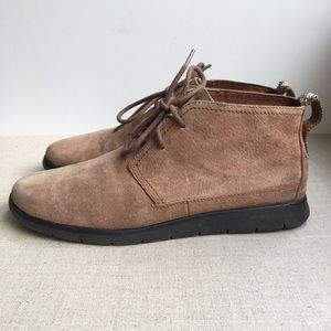 UGG Men US 10 EU 43 Brown Leather Lace-Up Boots